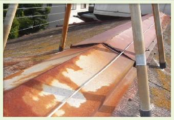 表面の劣化は撥水効果の低下に繋がります