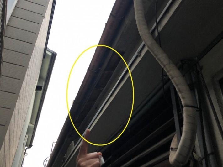 八尾市 屋根の下の壁が落ちた