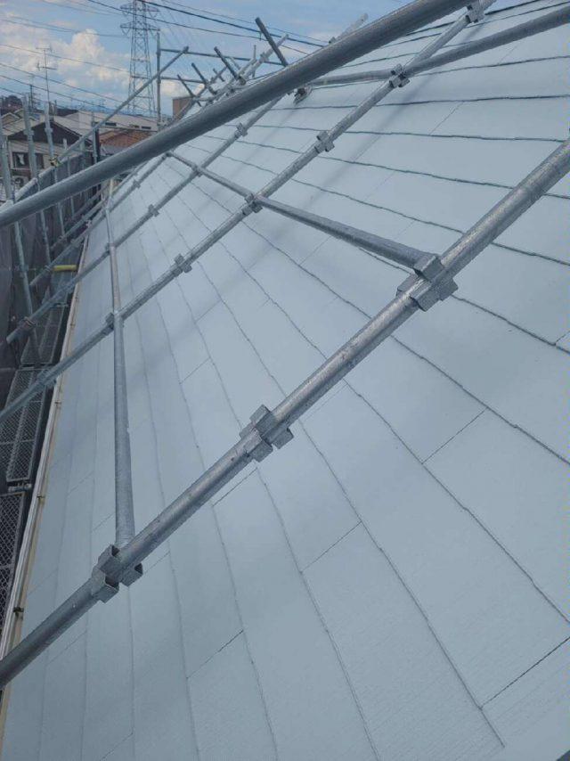 八尾市で遮熱効果の高い塗料で屋根塗装工事を行いました。