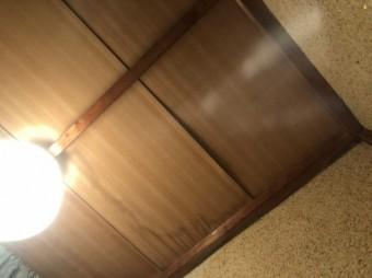 八尾市トイレで雨漏り
