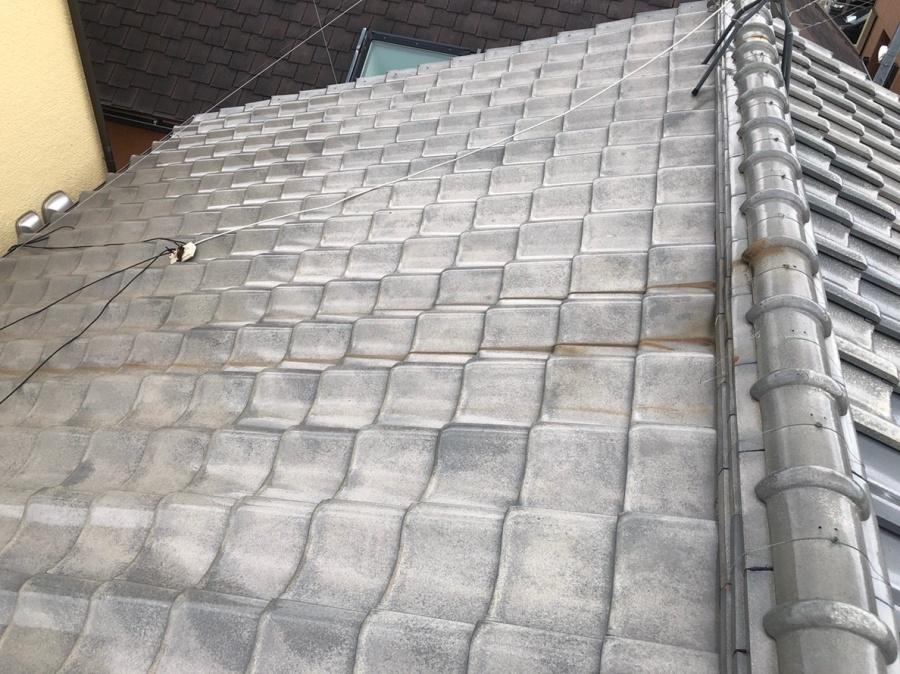 八尾市瓦屋根漆喰の詰めなおしの現場調査