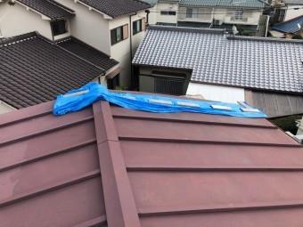 瓦棒の屋根が飛んだ