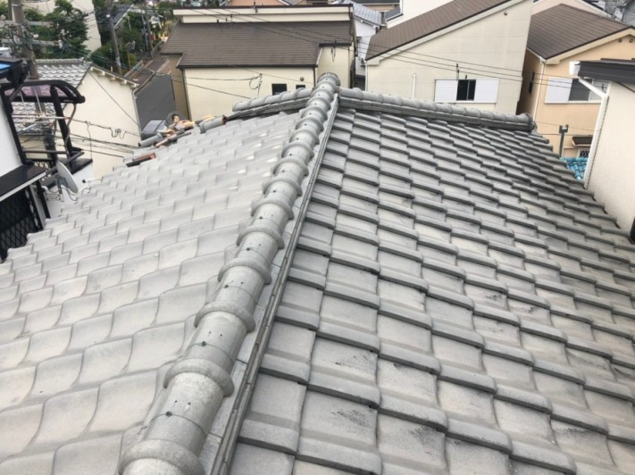 3階瓦屋根