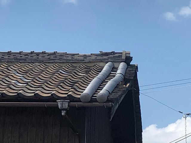 屋根瓦の落下