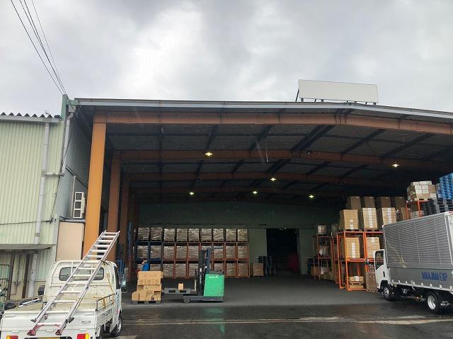 雨漏れ倉庫
