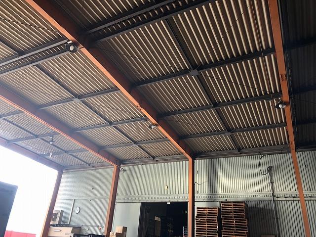 鋼板製の屋根