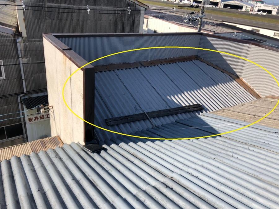 スレート屋根から雨漏り