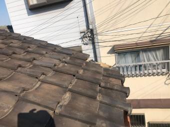 大屋根瓦の落下
