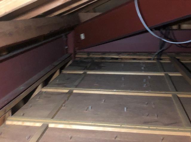 天井裏の雨漏れ