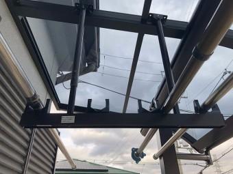 吊り下げ式ハンガー