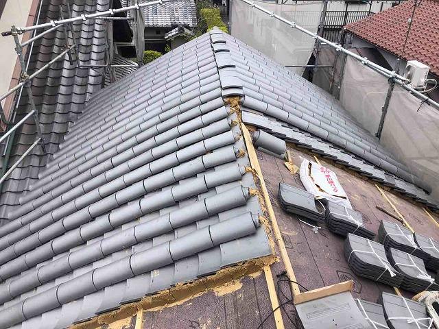 土葺き屋根