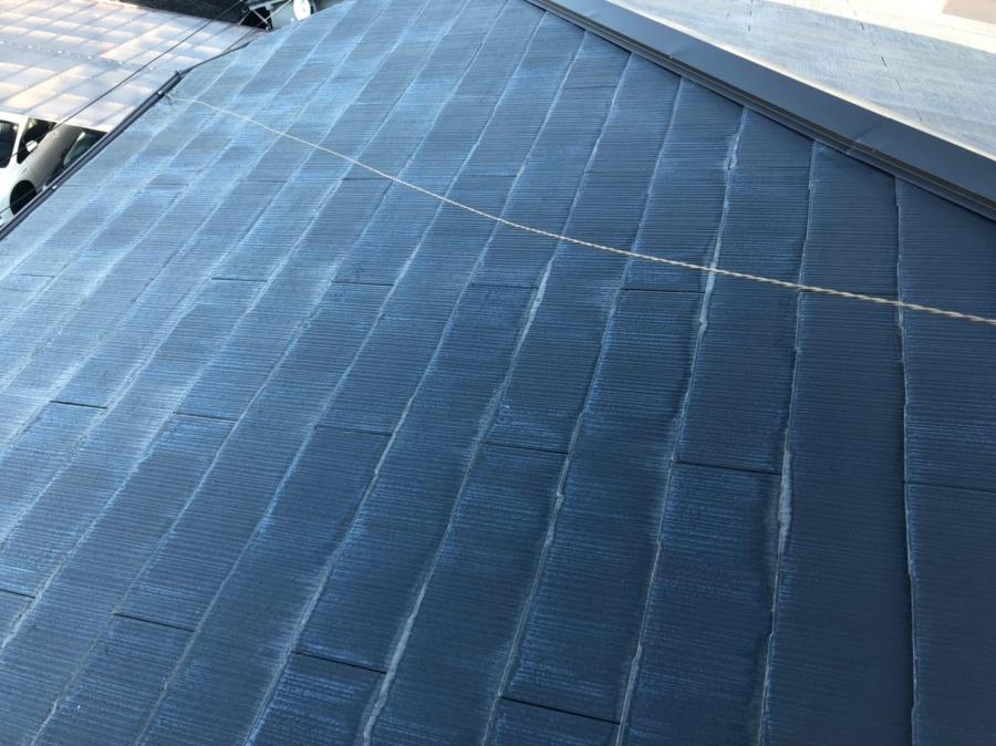 屋根の色がまばら