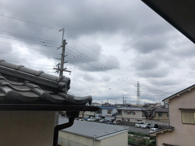 八尾市にお住まいの方からテラス屋根の取り替えのご依頼がありました