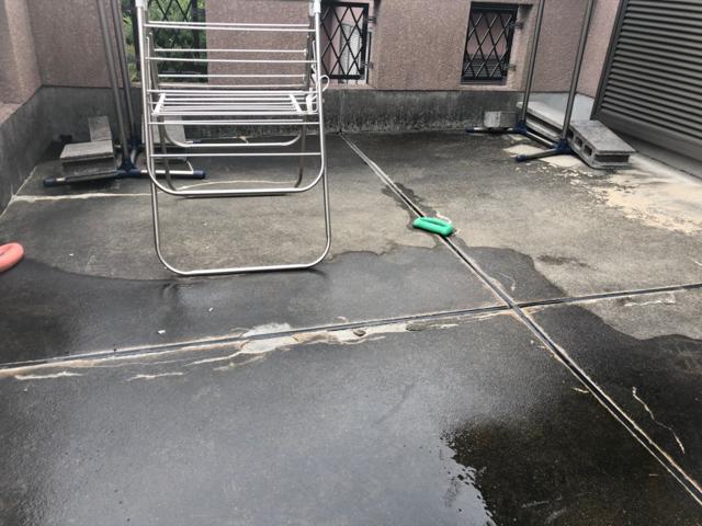八尾市_雨漏り_ベランダ_現況