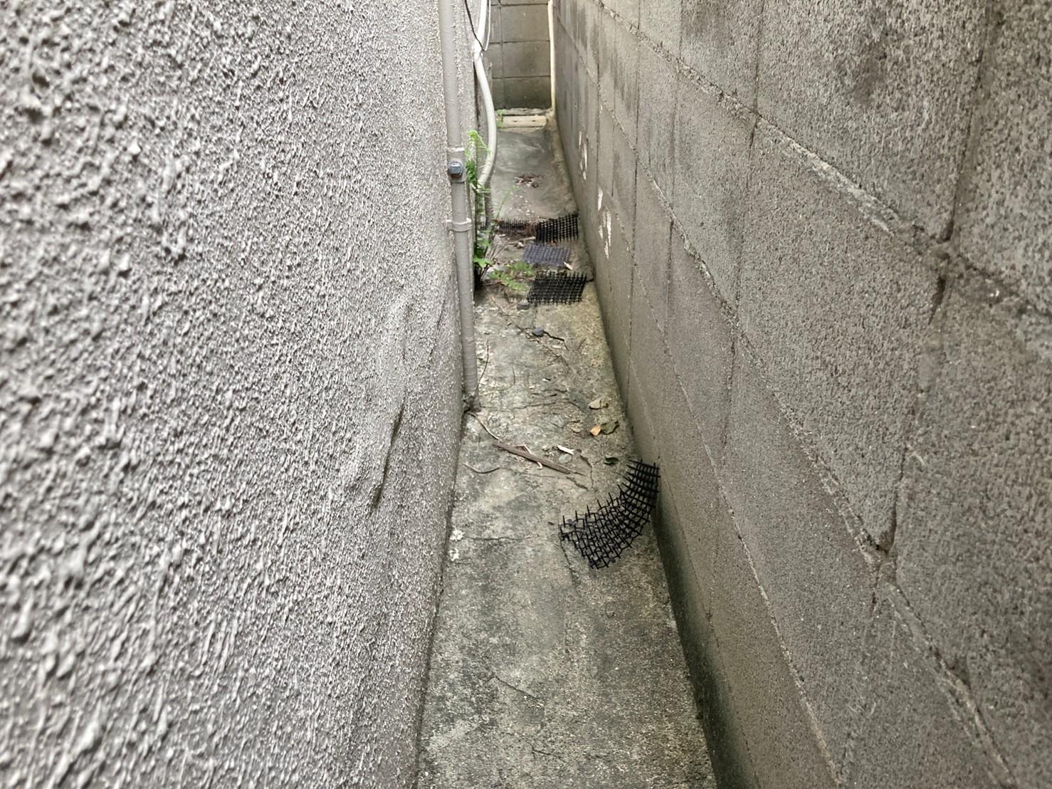 八尾市で外壁塗装の補修と波板張替え現場調査