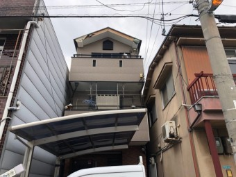 3階建ての屋根工事