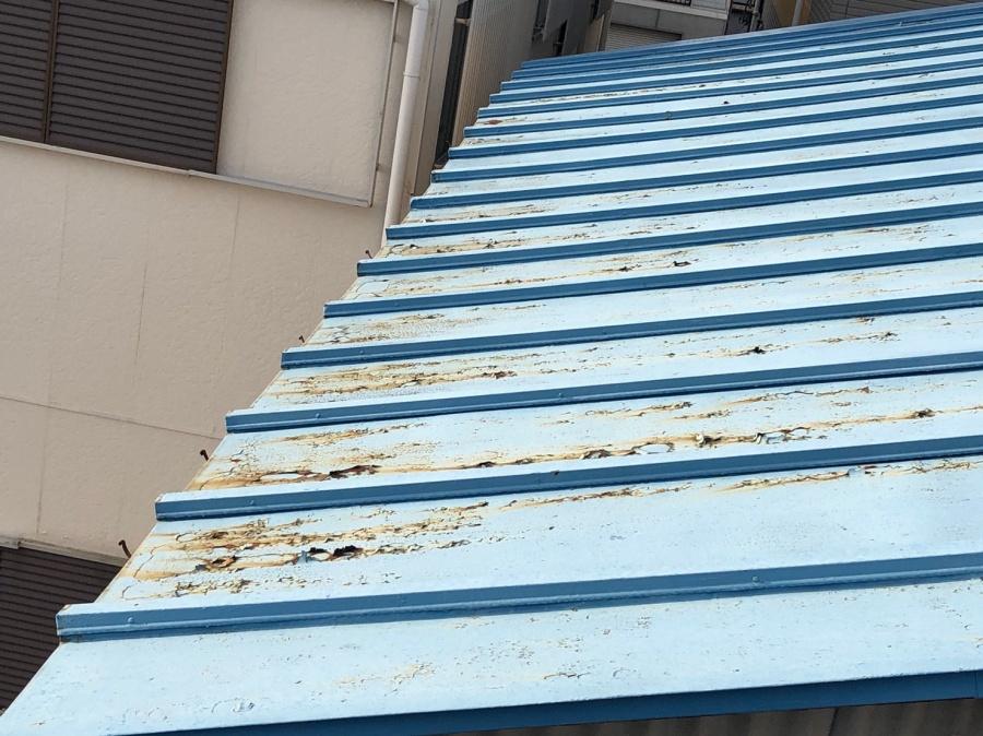 板金屋根サビ部分