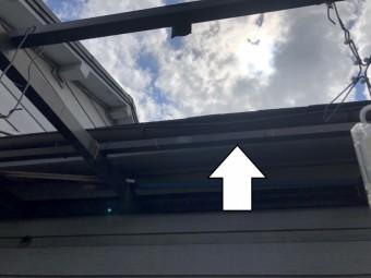 防水紙を軒先から棟に重ねた場合