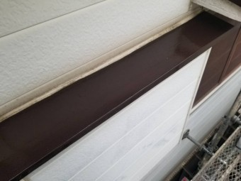 軒塗装部分
