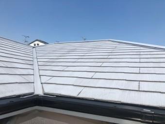3階建ての屋根