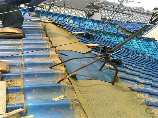 八尾市で雨漏れしたので屋根補修工事をしました。