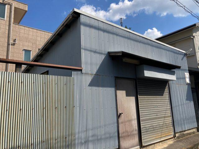 八尾市で物置の屋根が錆びているので屋根塗装をしてほしい