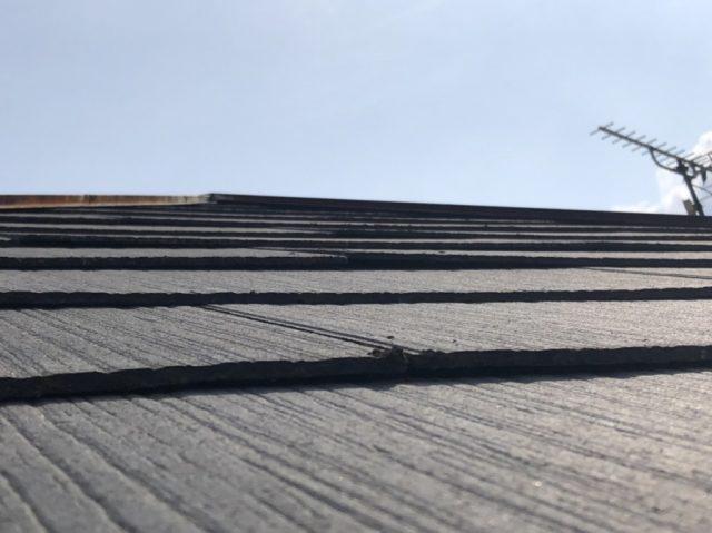 屋根が反っている