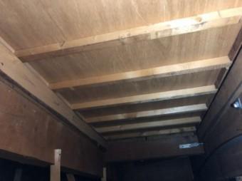 天井裏の雨漏り点検