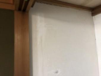 押入れ漆喰の下地処理