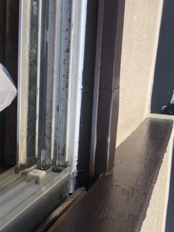 塗装した窓枠