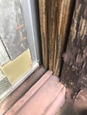 雨漏りしそうな窓枠