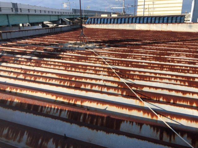東井大阪市屋根のサビ