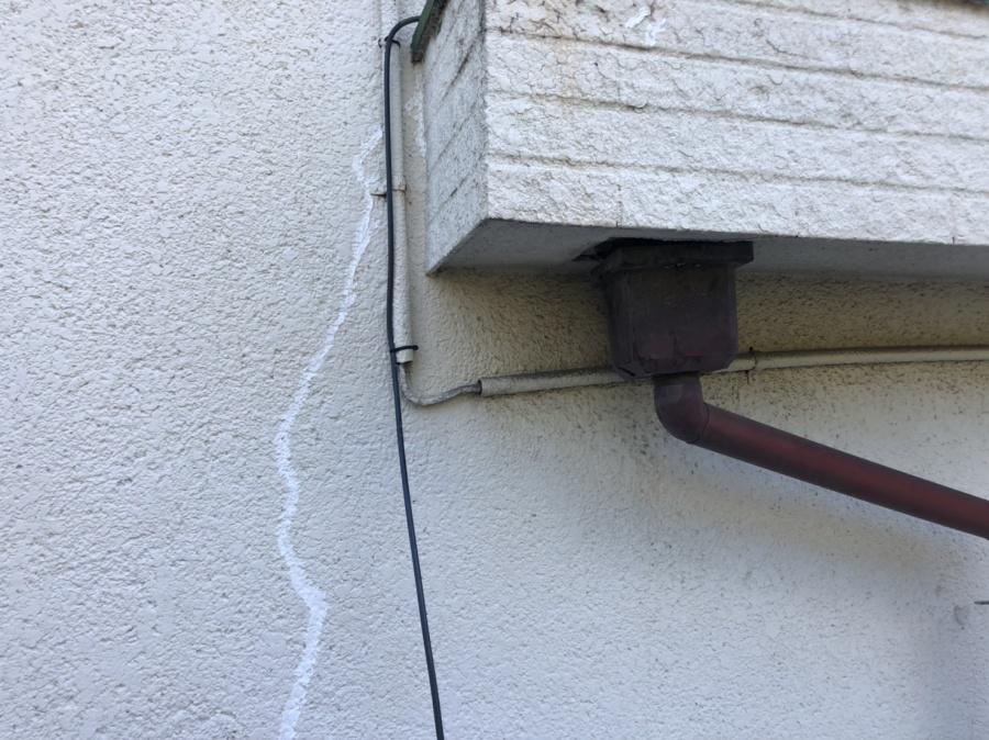 外壁ヒビ割れ補修