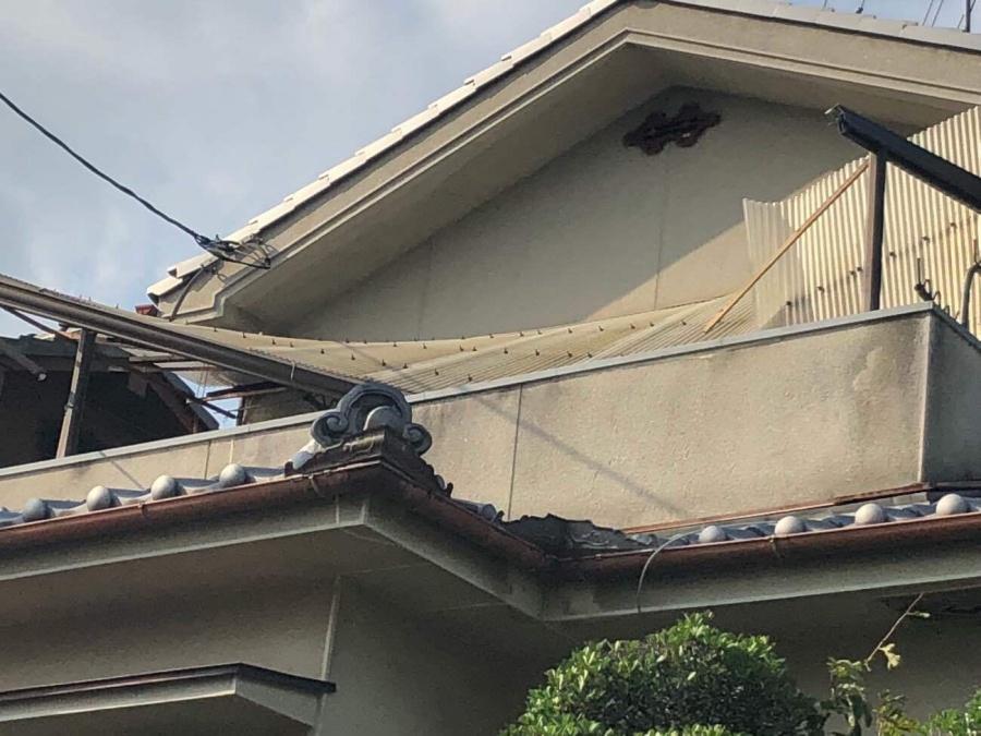 テラス屋根崩壊