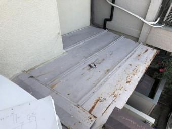 屋根に錆が出た