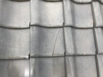 瓦ひび割れ補修