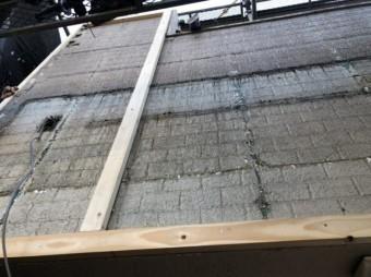 杉板を撤去した外壁