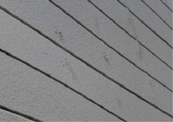外壁の汚れや塗膜の劣化